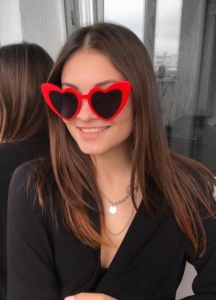 Женские солнцезащитные очки сердечки разноцветные