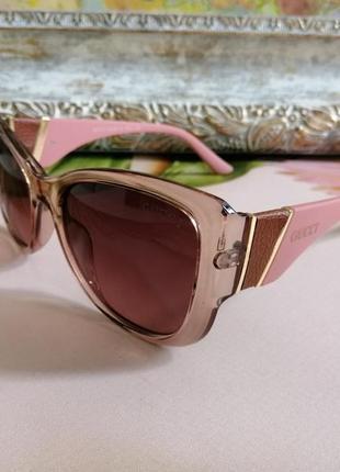 Эксклюзивные брендовые розовые солнцезащитные женские очки