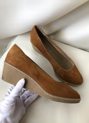 Туфли на танкетке janet d натуральная замша кожа