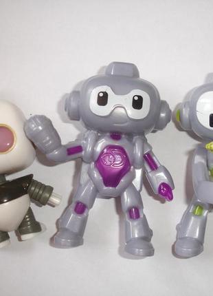 Набор роботов из макдональса одним лотом идеал