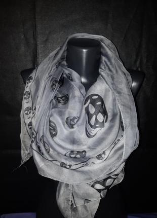 Шелковый платок alexander mcqueen оригинал