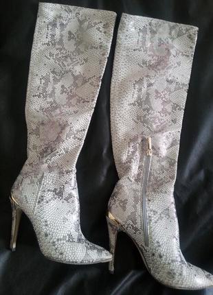 Супер-стильные кожаные сапоги medea,37