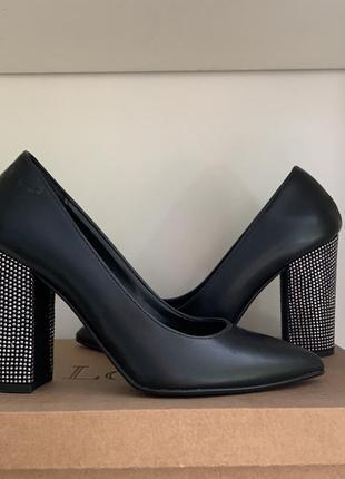 Туфли женские стильная модель