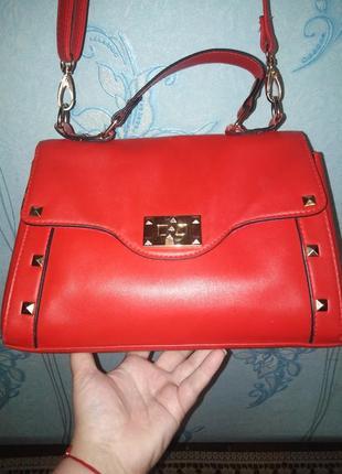 Классная вместительная сумочка!!!