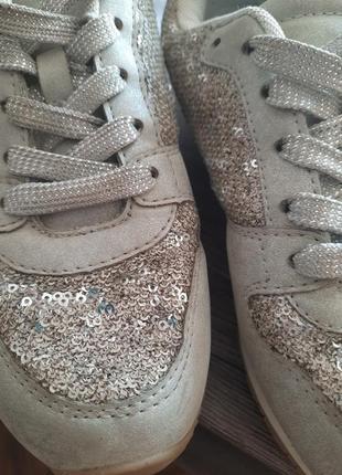 Красовки в паєтки сірі кросівки2 фото