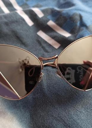 Стильні і оригінальні сончні окуляри 100 грн.