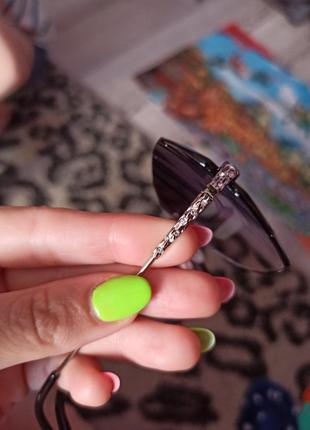 Стильні сонячні окуляри зі стразами 100 грн.6 фото