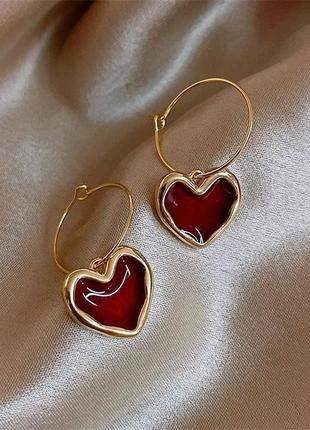 Тренд серьги сердце сережки колечки с сердцем