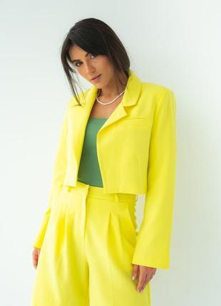 Укорочений жакет без гудзиків в яскравих кольорах / укороченный пиджак яркий