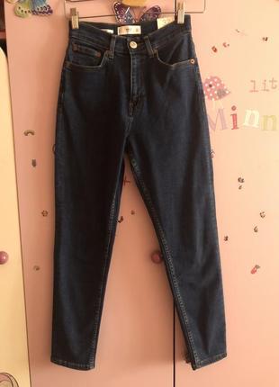 Новые мом джинсы mom mango на 32/34 тянутся