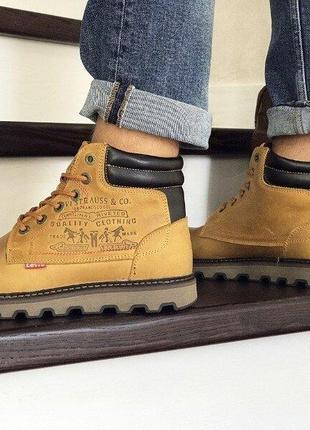 Levis ботинки  зимние горчичные 40,41 размер, натуральный нубук, мех