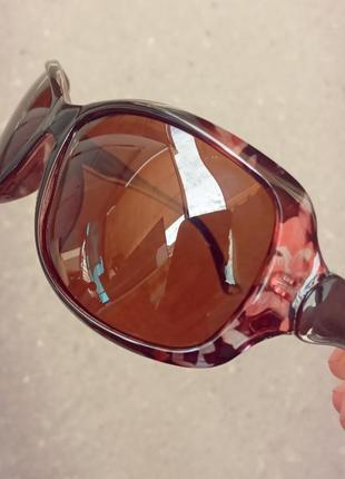 Стильные классические женские очки с цветными вставками на оправе с поляризацией