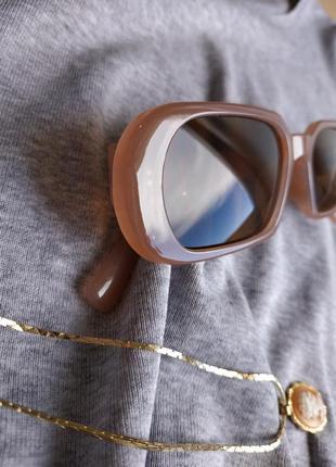 Очки узкие бежевые телесные прямые прямоугольные коричневые солнцезащитные4 фото