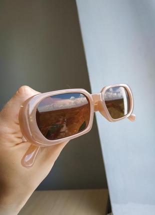Очки узкие бежевые телесные прямые прямоугольные коричневые солнцезащитные7 фото