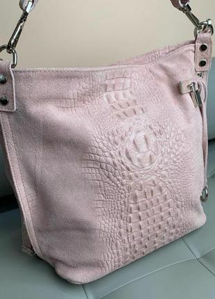 Сумка кожаная замшевая женская пудровая розовая под рептилию мешок borse in pelle италия вместительная из натуральной замши светлая красивая