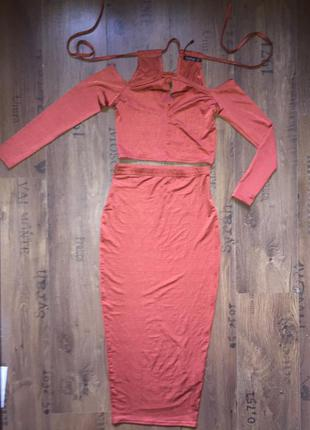 Костюм :юбка карандаш и топ boohoo , кофта ,платье