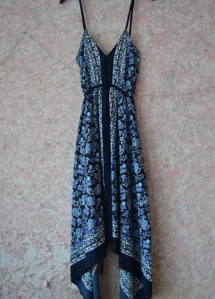 Бесплатная доставка шикарное легкое платье на тонких бретелях с асимметричной длинной