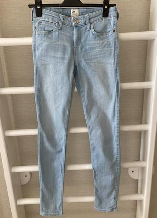 Светлые джинсы lee р.26