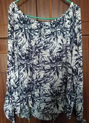 Блуза на завязках в цветочную расцветку