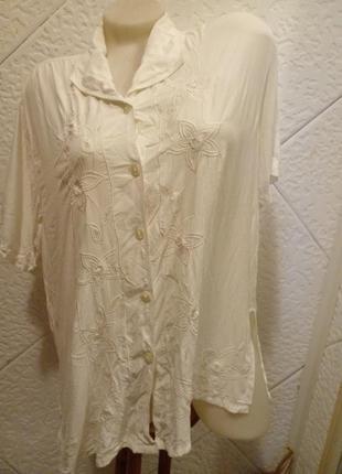 Нежная свободная блузка блуза вискоза  вышивка решелье