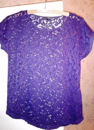 Эффектная кружевная блузка темно-фиолетового цвета