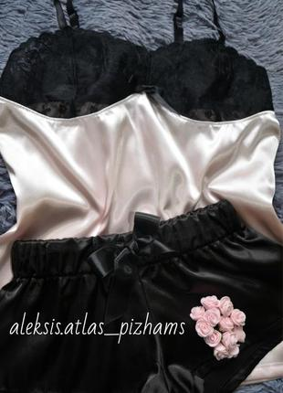 Нежно-розовая с черным кружевом атласная пижамка размер 38-40💙