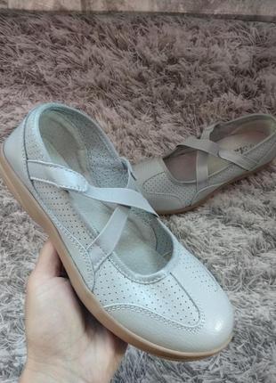 Женские туфли, мокасины, 37-40рр., кожа, на средею, широкую ногун