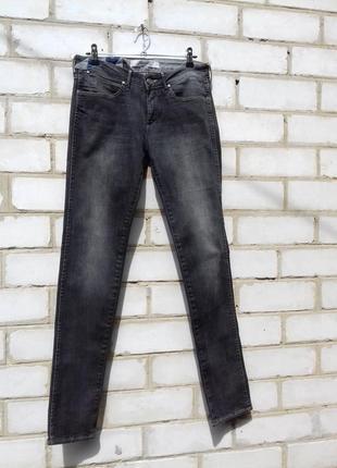 Wrangler! графитовые джинсики