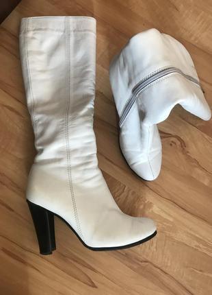 Сапоги белые зимние кожаные
