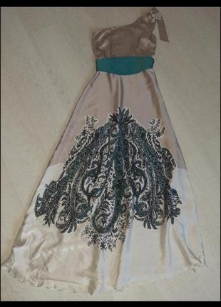 Очень красивое  шикарное длинное шелковое платье