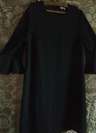 Легкое платье в горошек с рукавчиками 3/4 с воланами