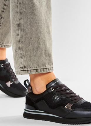 Женские, стильные кроссовки tommy hilfiger