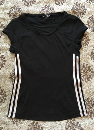 Спортивная футболка adidas. возможен обмен