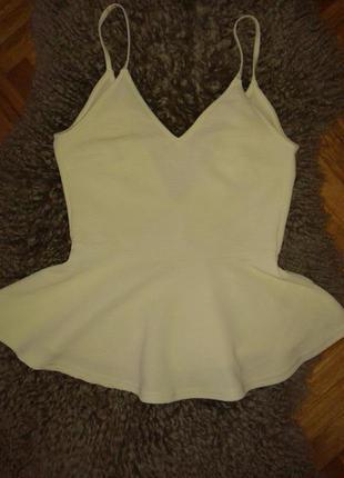 Шикарный топ блуза с баской от  h&m,p.s-m нежно лаймового цвета
