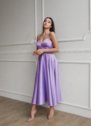 Платье с корсетным лифом