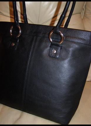Красивая объемная кожаная сумка – натуральная мясистая кожа – англия