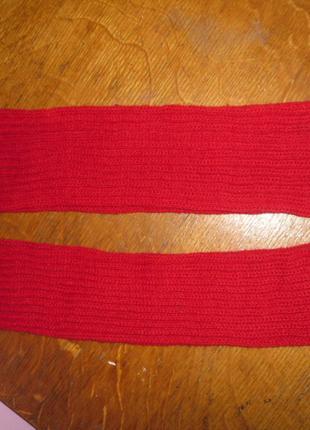 Вязані фабричні гетри червоного кольору