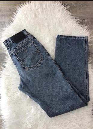 Продам джинсы мом armani