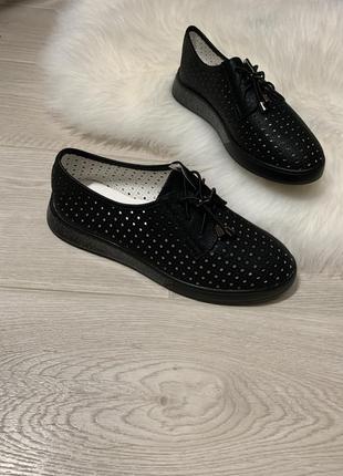 Туфли -кроссовки женские