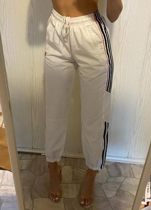 Белые спортивные штаны adidas спортивки винтажные vintage2 фото