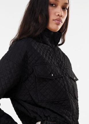 Куртка чёрная bershka в наличии новая4 фото