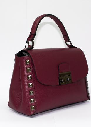 Красивая женская сумочка. италия. натуральная кожа.