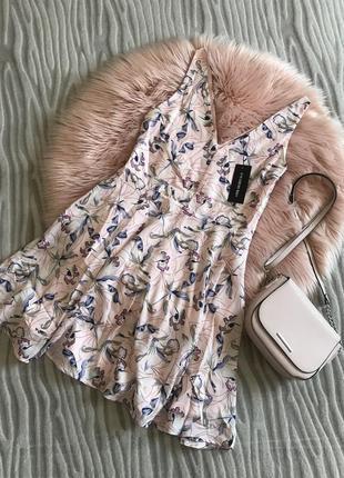 Ніжне воздушне плаття