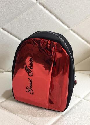 Рюкзак для девочек красный