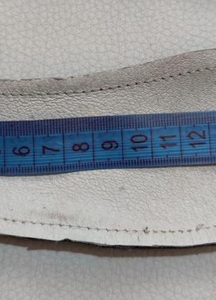 Белые кожаные чешки с сердечками р. 16,55 фото