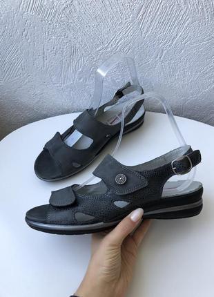 Кожаные сандалии medicus