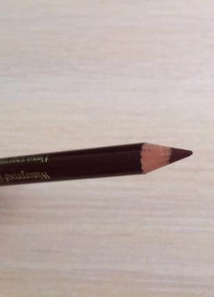 Водостойкий карандаш для губ, олывець для губ коричневий.