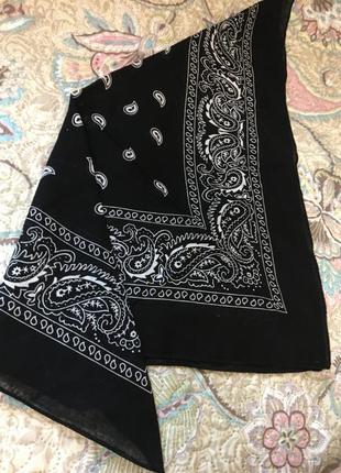 Трендовый платок ( для головы, сумки как аксессуар )