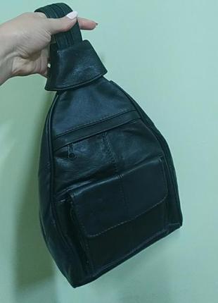 Кожаный городской рюкзак.