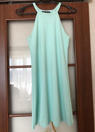 Коротка сукня